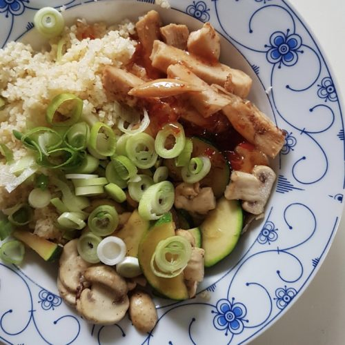 sur sød kylling med grøntsager